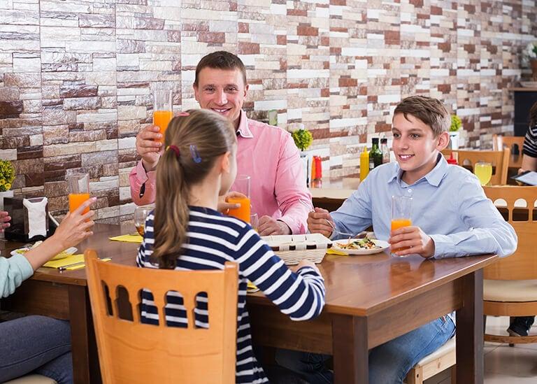 children-dining